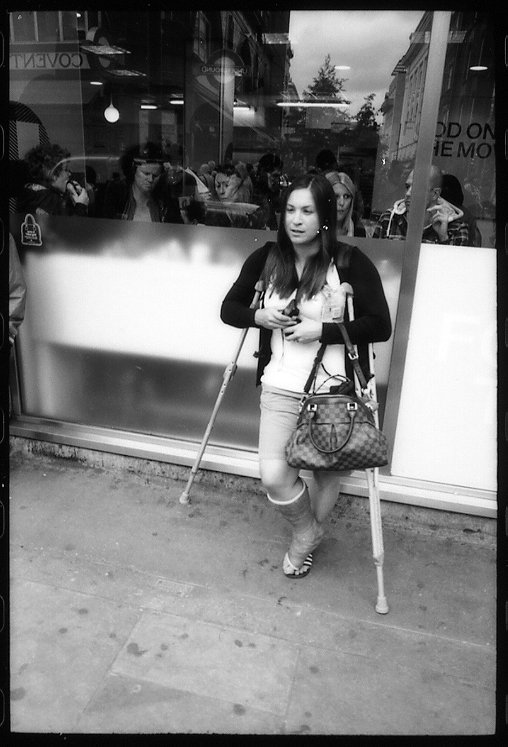 82444023girlwithcrutches.jpg